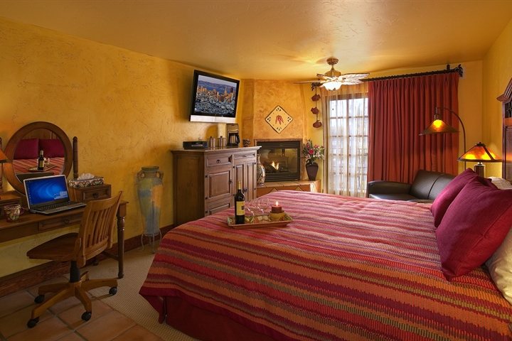 Avila Beach Retreat Room